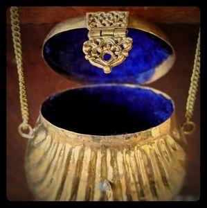 80's Vintage Brass Necklace/Purse